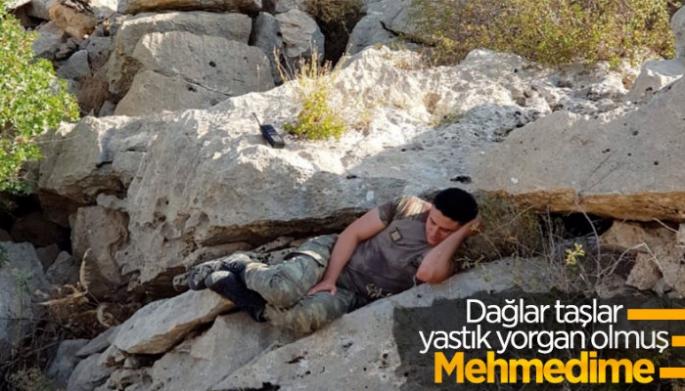 Mehmetçik'in Gabar'da Dinlenme Anı